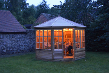 Alton Broadwell summerhouse