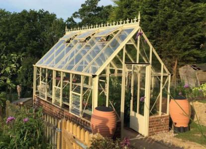 Robinsons Rushmoor Victorian Greenhouse