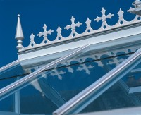 Optional Victorian ridge cresting and finials, in White